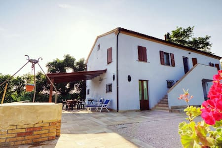 Amazing Rural experience Double bed - Osimo - Bed & Breakfast