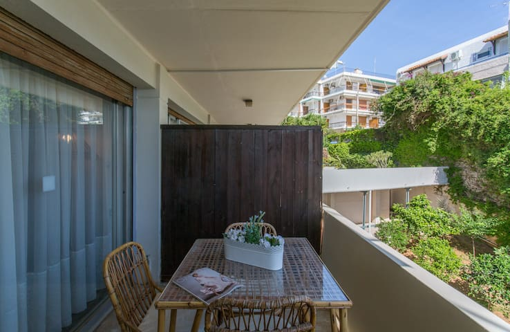 Studio 100m away from the beach