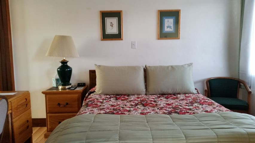 Colombi Motel Two Bedroom Acommodations