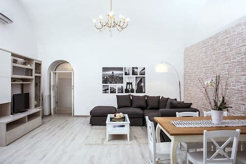 Luxury Apt 100ft to Piazzetta - Ideal for family