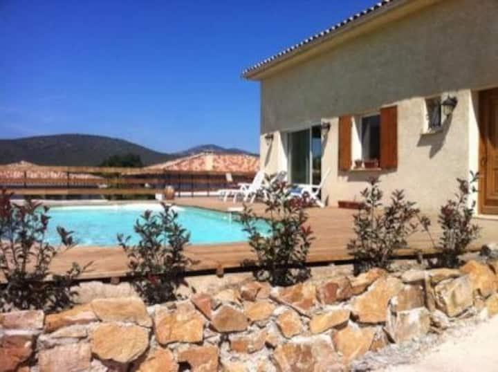 Villa à SAINT FLORENT avec piscine