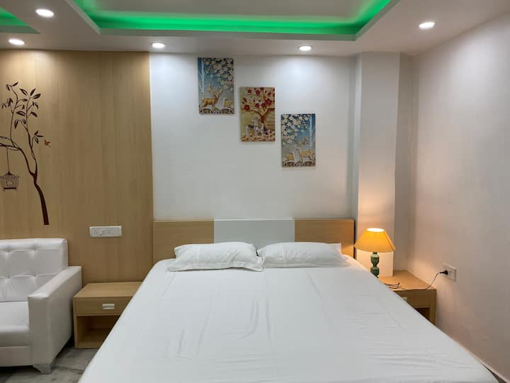 Studio Apartment at middle  of Kolkata Kasba