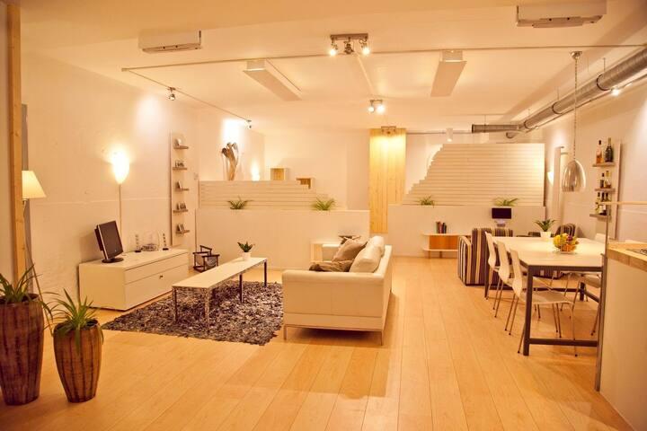 ★ City Centre Spacious Studio Industrial