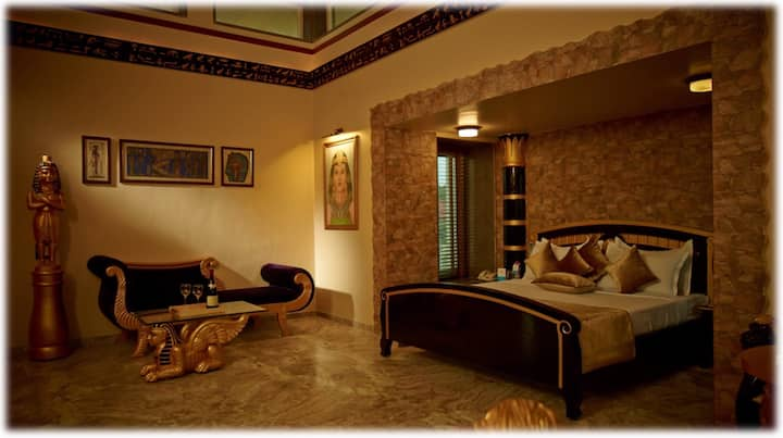 Royal Villa in Anand