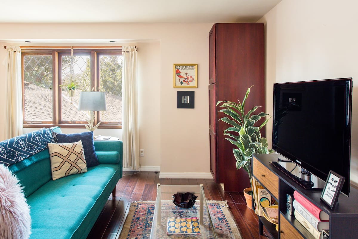 Rejuvenate in a Retro Burbank Guesthouse with a Pool