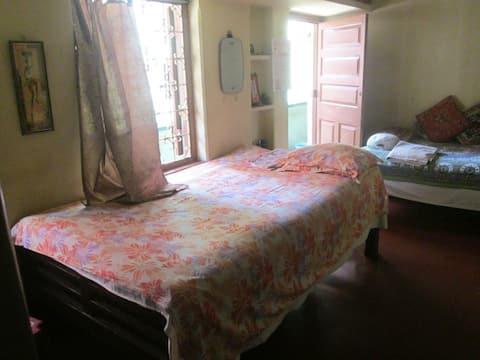 An oasis - Room 2