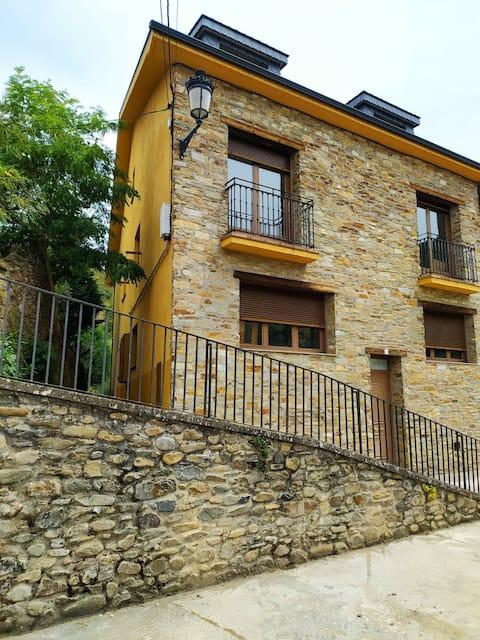 Precioso apartamento en Molinaseca
