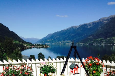 Spacious apartment in beautiful Hardanger