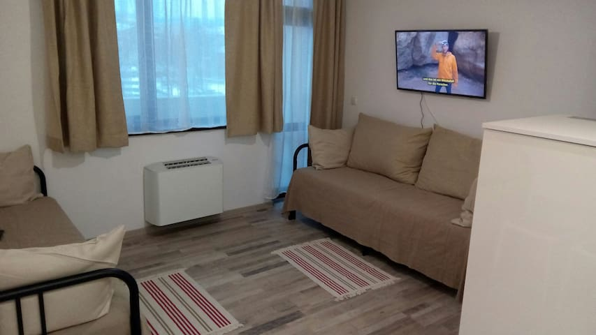 Cosy 2BD Apartment for up to 8 guests