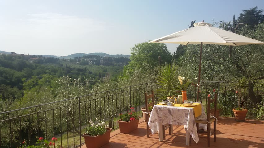 Cosy house in the hills of Florence - Sesto Fiorentino - Willa