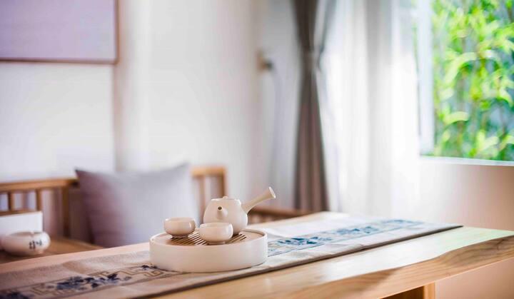 平江路「婵房沐屋」躺在浴缸里惬意泡泡浴/喝茶聊天的小窝。