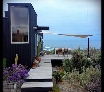 Box house and the Ocean - Huentaleuquen