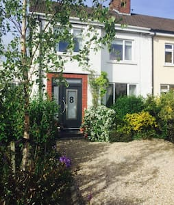 Welcoming 3 bed family home - Churchtown - Hus