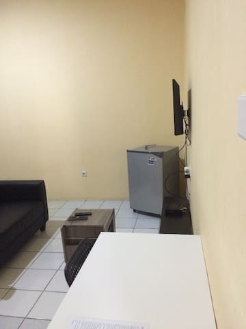 Spacious lovely classic room for u! - Jakarta - House