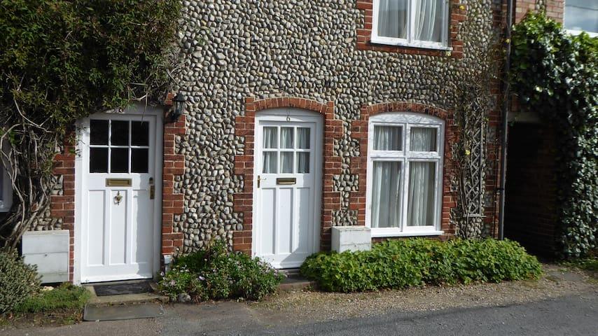 Jim's Cottage, Holt, North Norfolk
