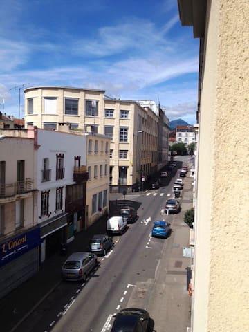 Studio en centre ville - Clermont-Ferrand - Apartment