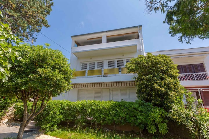 Villa for 4 persons in Selce R96904