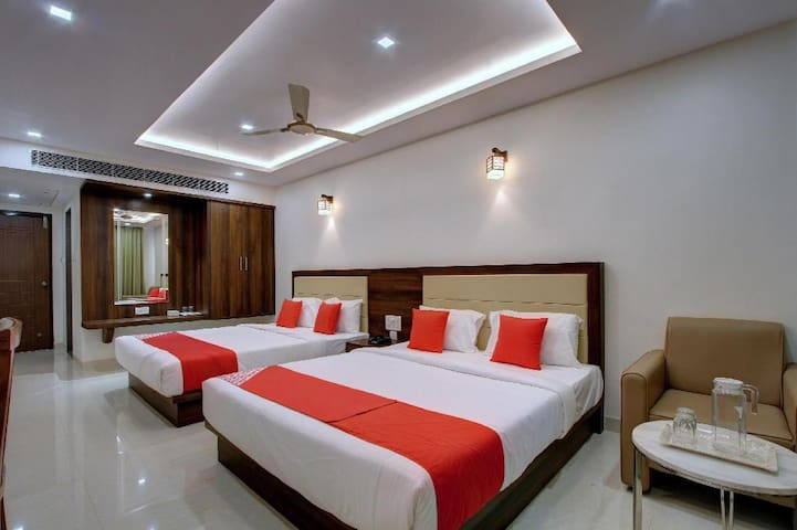 AC  Room ( 2 King Size bed) in Boutique Hotel