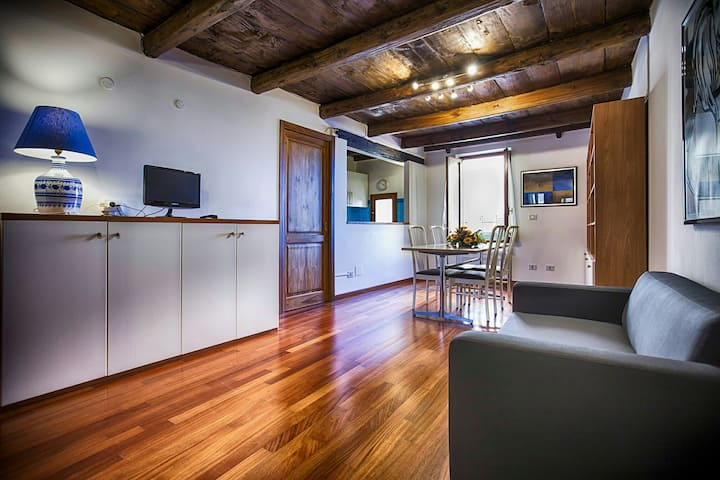 Apartment Cavour