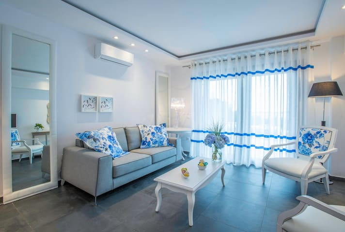 2-bedroom suite  with panoramic sv - Ουρανούπολη - House