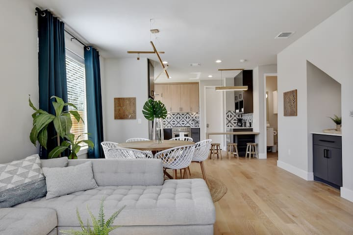 Bright + Stylish Oasis | East ATX, Near Downtown