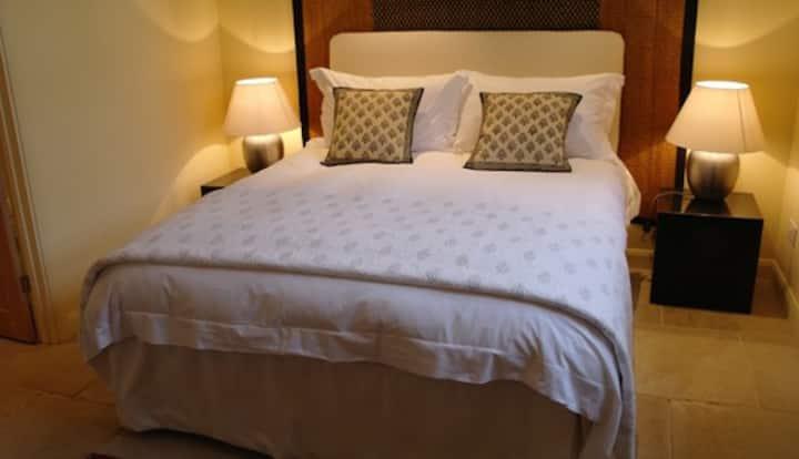 Zen inspired private room (Sand) Bed & Breakfast