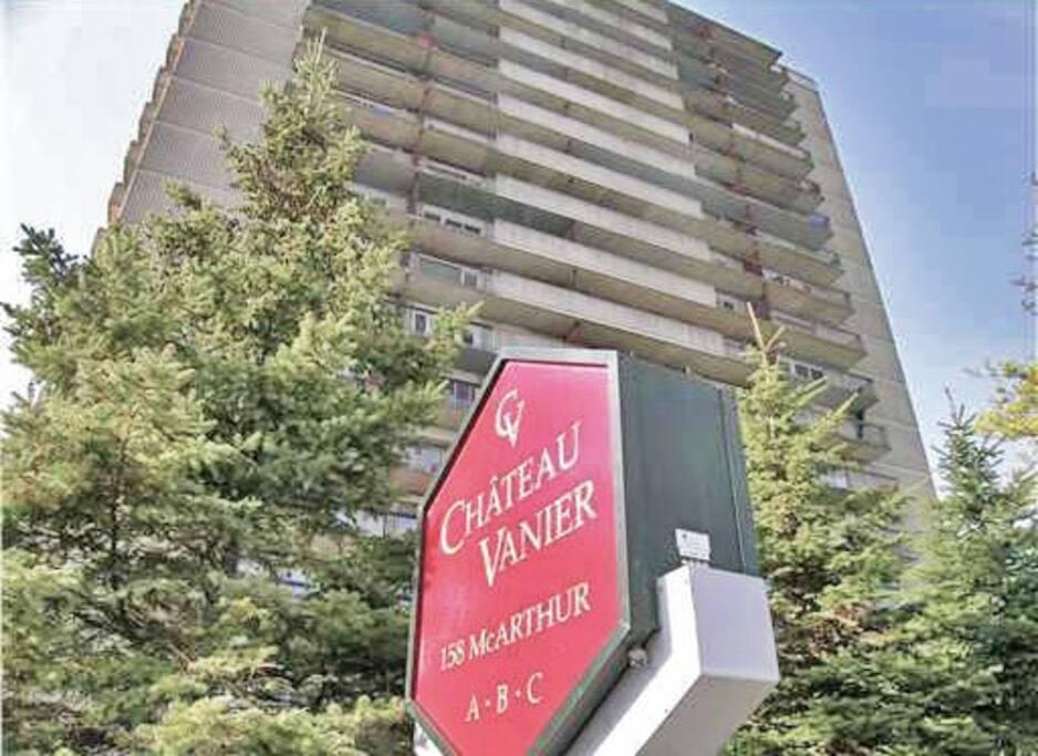 Chambre a louer dans un condo condominiums for rent in for Chambre a louer a ottawa