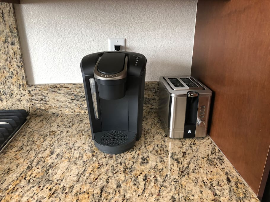 Kuerig coffee machine with my k-cup.  Bread toaster.