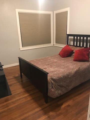 Cozy one bedroom in new Redwood City home!!!