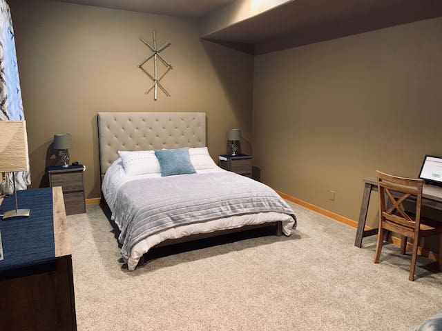 Downstairs bedroom #2 with queen size, memory foam bed