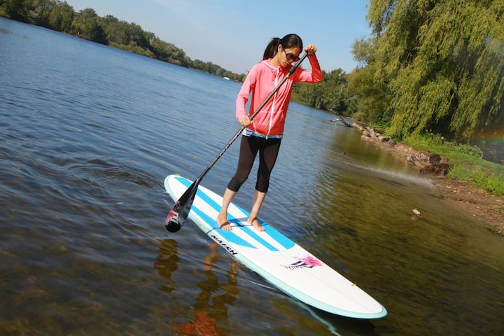 learning to paddle board toronto islands