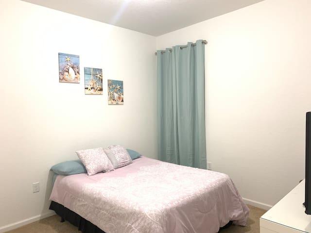 Cozy Private Room Near Everglades and Florida Keys