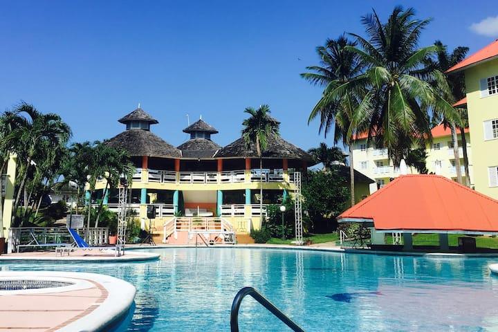 Tranquil One-Bedroom Villa in Ocho Rios, Jamaica