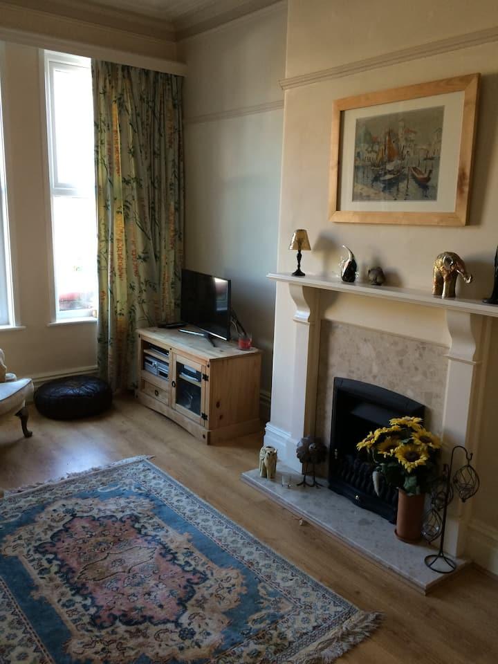Lovely 4-bedroom Victorian terraced house, Hoylake