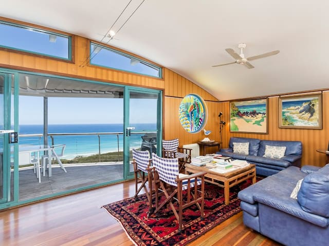 Lookout Unit 6 | 3 Bedroom, 2 Bathroom, Sleeps 6