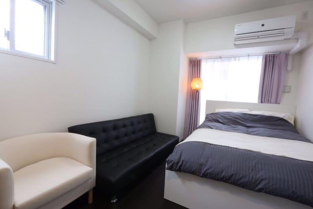 房型1⃣️140米宽一张大床房+一张沙发床,最大2-3人入住