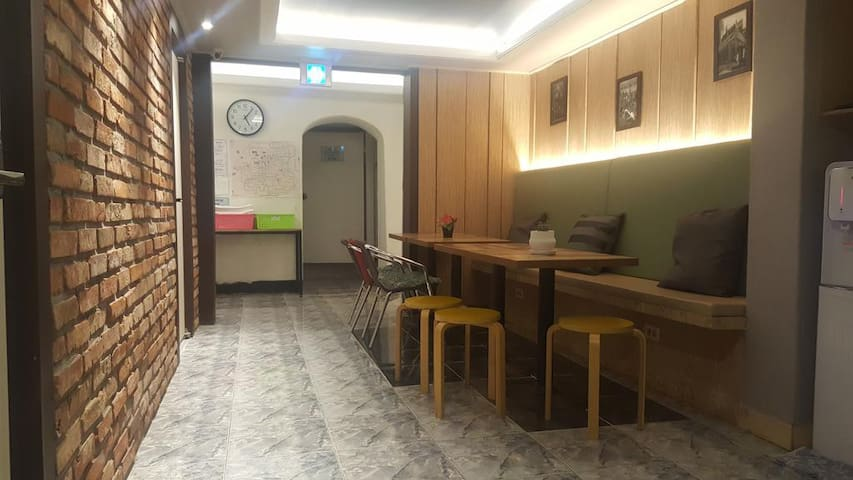 Myeongdong Time Hostel(Double Room)