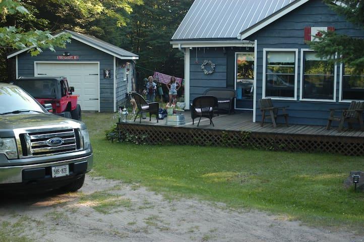 Warm inviting cottage on Kushog Lake