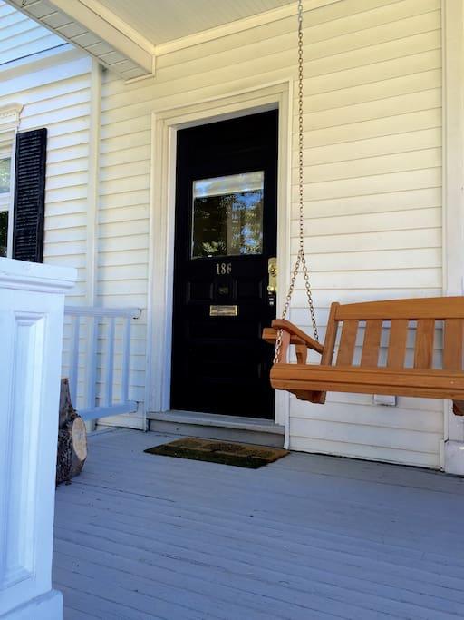 Entrance 186 dartmouth left door