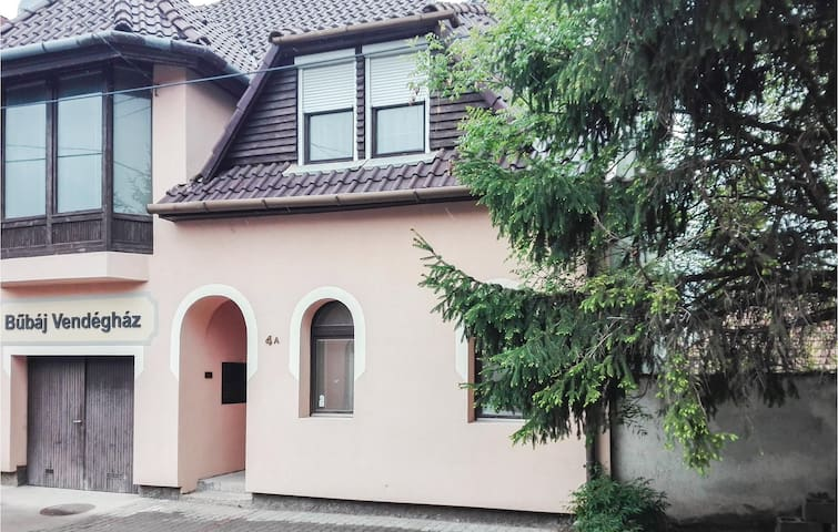 Terraced house with 3 bedrooms on 147m² in Eger
