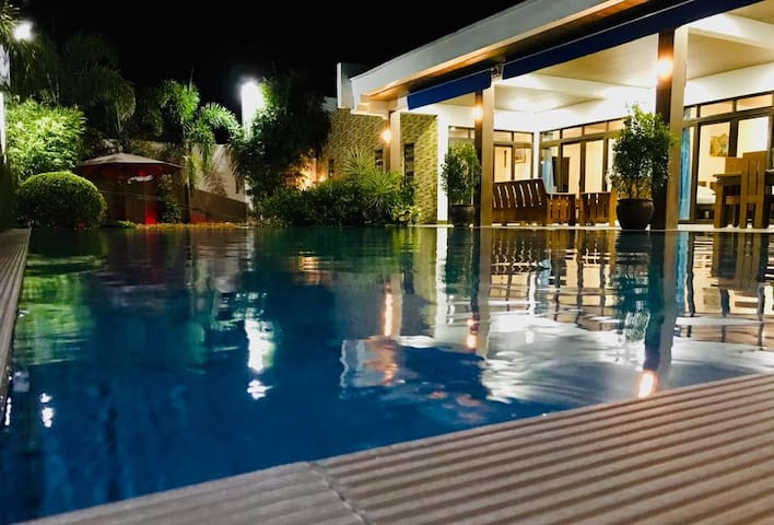 BOSS PRIVATE POOL (Private guesthouse)