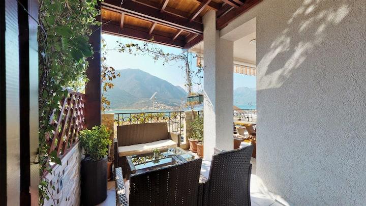 Stella Di Cattaro..Luxury apartment