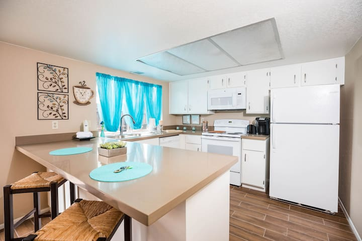 ♥ Remodeled 3BR Home Uptown Phoenix ♥ Pool
