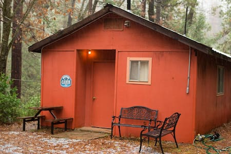 Ski Cabin Private Getaway in Twain Harte Forest - Twain Harte