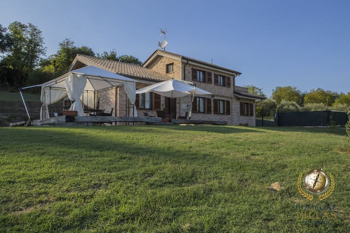 Villa Domus, with private pool