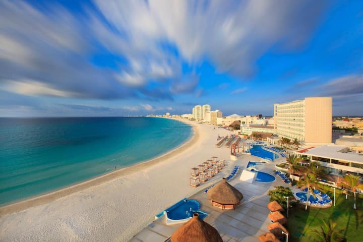 ❤ CANCUN PRIME BEACHFRONT & STAY HERE FOREVER