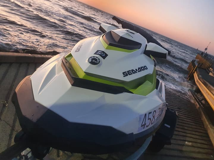 Jetski, boat, limo hire