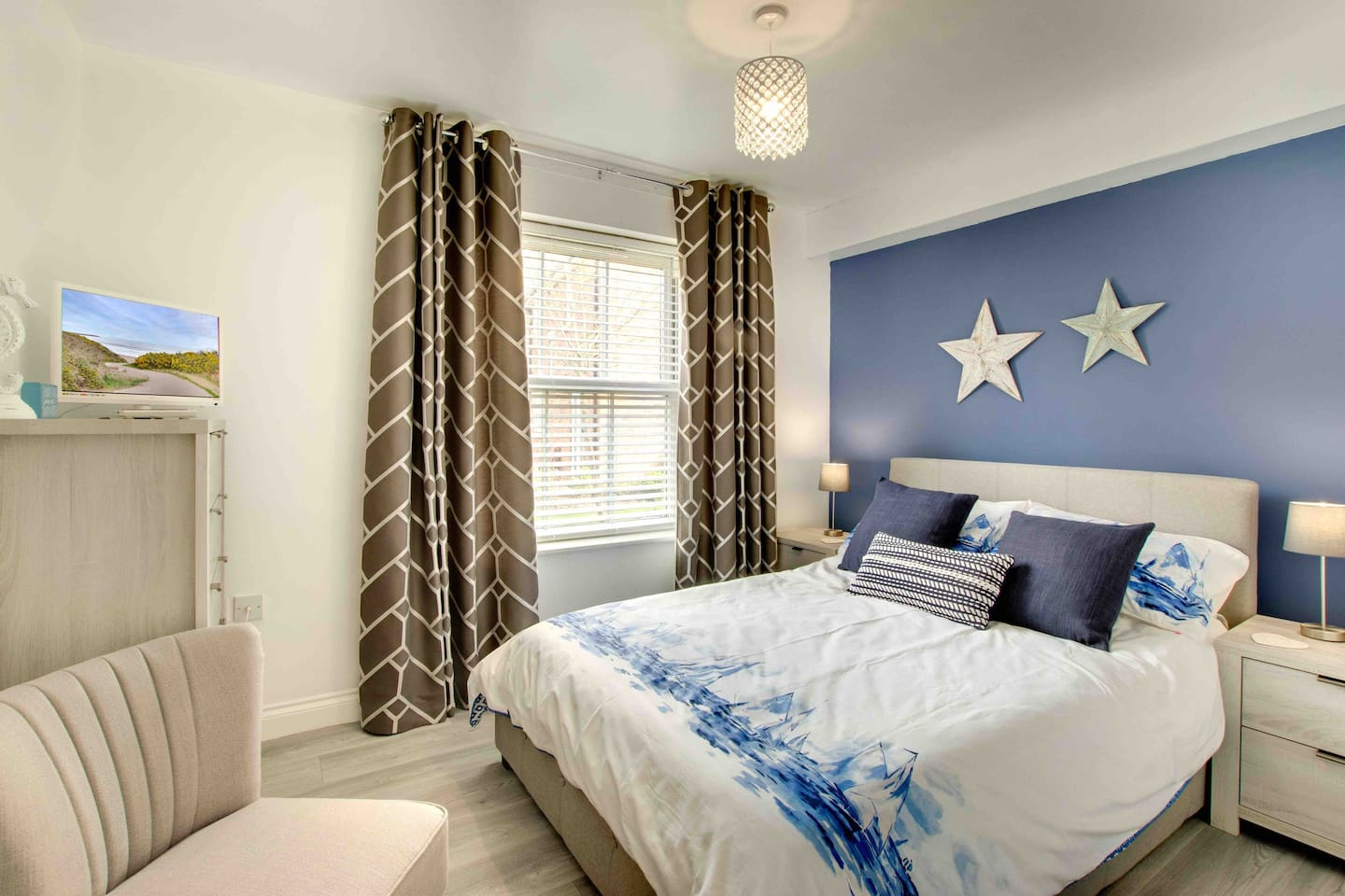 Stylish and comfortable double bedroom at The Seahorse apartment