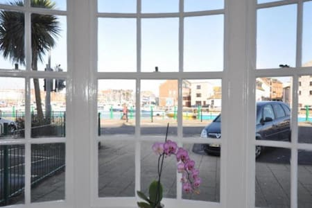Waterside - A home by the sea - Weymouth