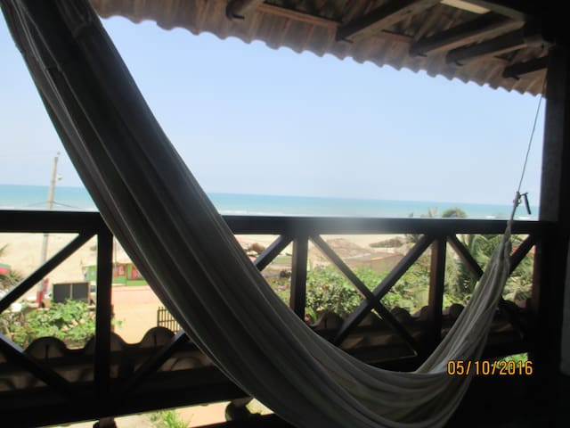 Hostal La Vista Beach Front - Family Rm2